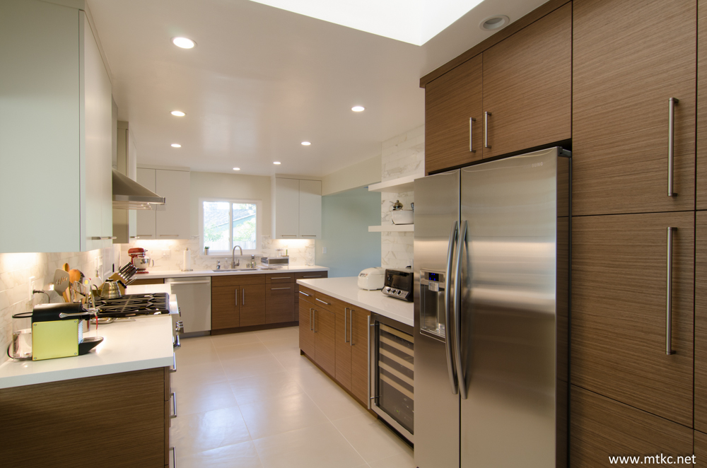 two-tone-modern-kitchen-remodel-before-after-14